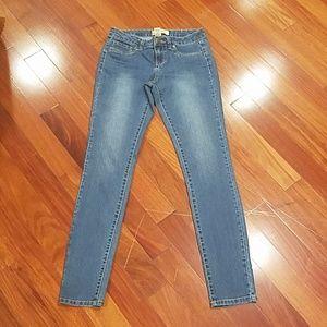Denim - D.jeans Ny medium wash denim jeans womens 4